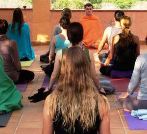 Clase de Yoga - Itinerario Formativo